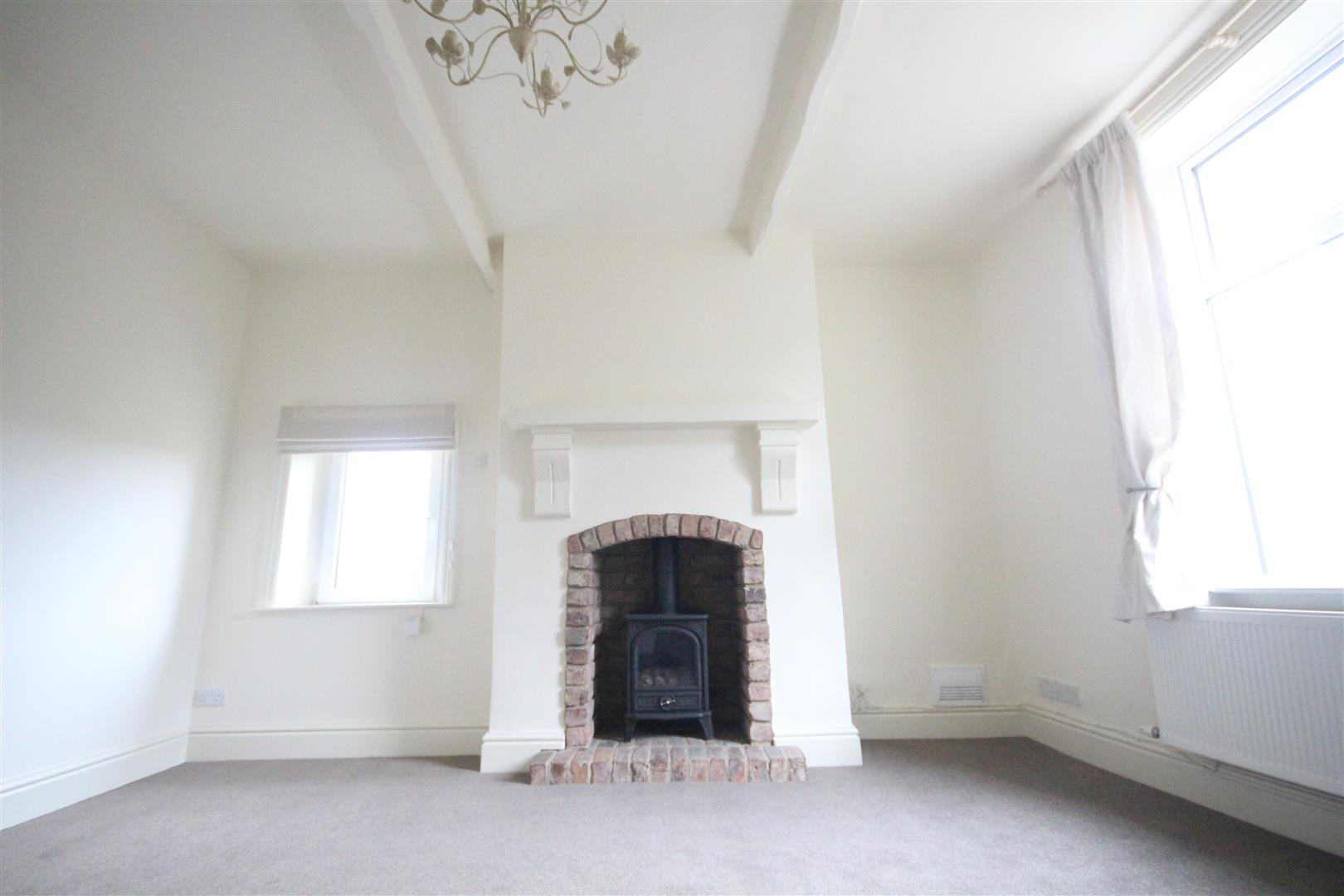 2 bedroom end terrace house To Let in Trawden - Property photograph